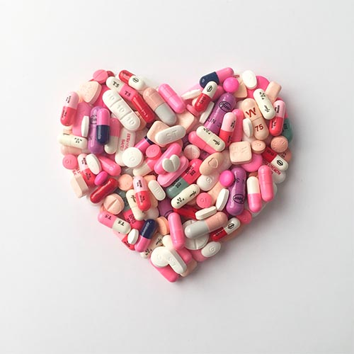 Corazón con pastillas