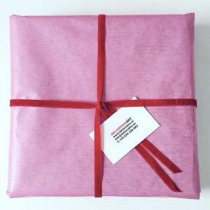 Paquete regalo corazón Delia Rubio